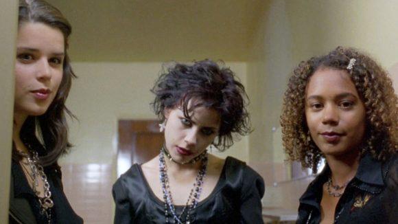 jovenes-brujas-cabecera