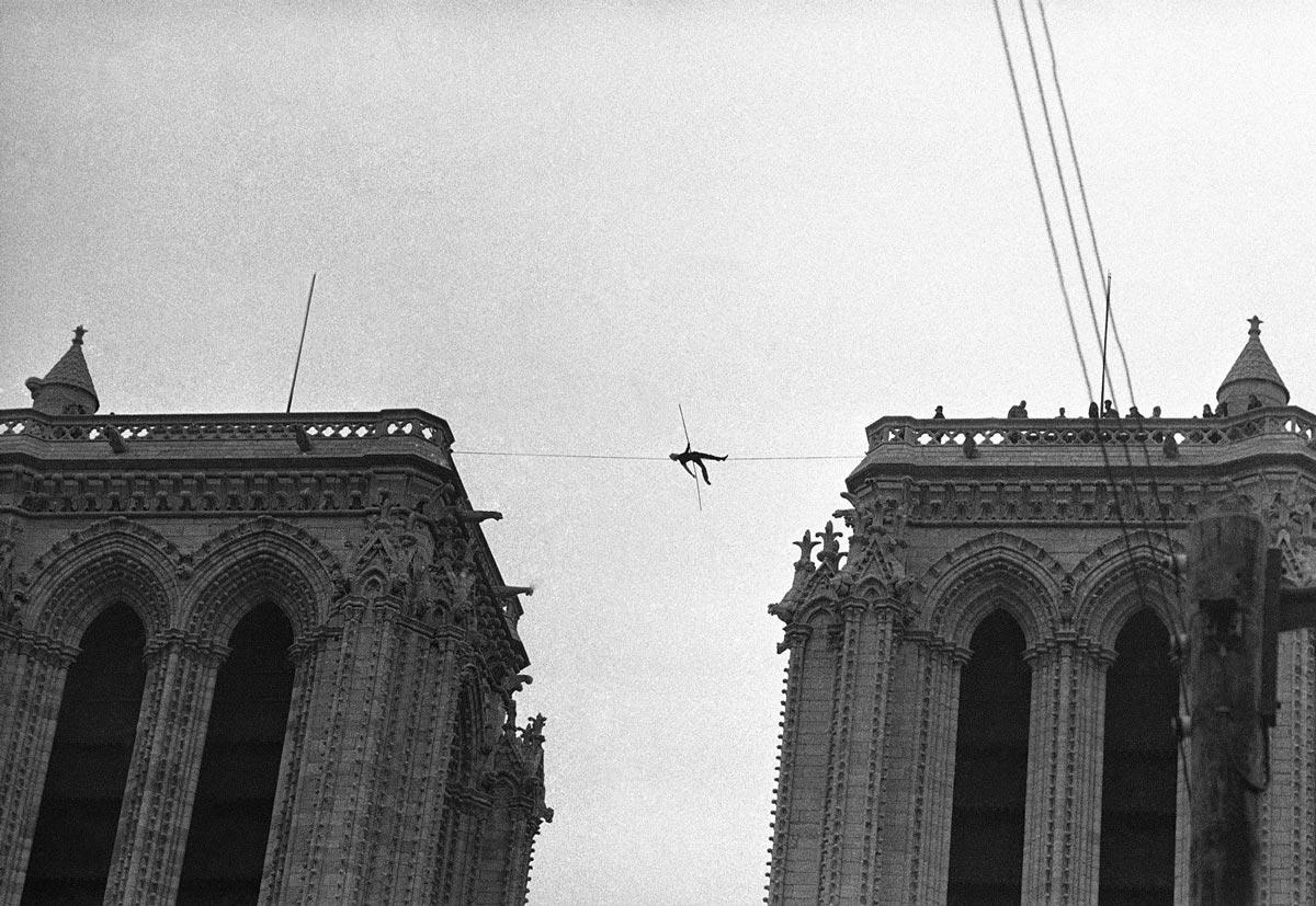 Man on Wire Petit en Notre Dame