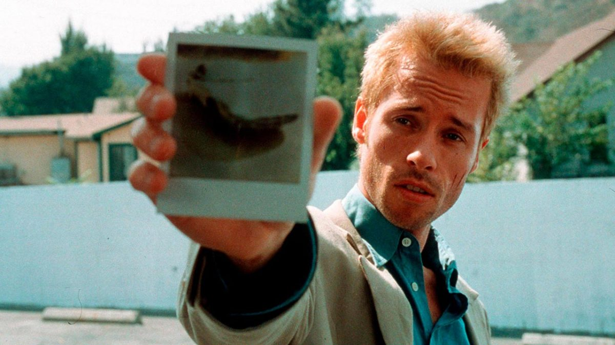memento guy pearce